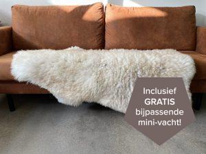 Nederlandse schapenvacht beige crèmekleurig XXL 135 cm.